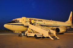 Zivilflugzeuge des vorverlegten Landes lizenzfreies stockfoto