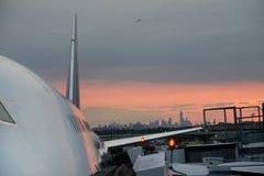 Zivilflugzeuge in JFK-Flughafen Lizenzfreies Stockfoto