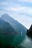 Zixi för kedja för Hubei Badong Yangtze River Wu klyftamun segling Royaltyfri Foto