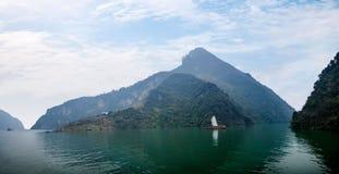 Zixi för kedja för Hubei Badong Yangtze River Wu klyftamun segling Royaltyfri Bild