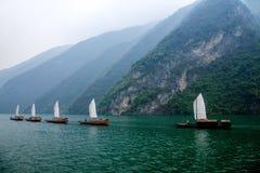Zixi för kedja för Hubei Badong Yangtze River Wu klyftamun segling Arkivfoto