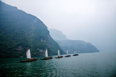 Zixi för kedja för Hubei Badong Yangtze River Wu klyftamun segling Fotografering för Bildbyråer