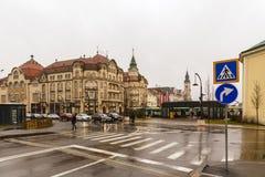 Zjednoczenie kwadratowy Piata Unirii widzieć przy deszczowym dniem w Oradea, Rom Zdjęcie Royalty Free