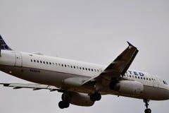 Zlany Aerobus przybycie wewnątrz dla lądowania obrazy stock