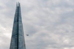 ZLANY KIGDOM, LONDYN, GRUDZIEŃ 07, 2016: Widok czerepu drapacz chmur w Londyn Obrazy Stock