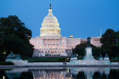 Zlany statuy Capitol zdjęcia stock