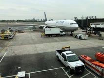 Zlany Terminal przy Newark swobody lotniskiem międzynarodowym fotografia stock