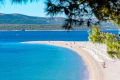 Zlatni tjaller, Bol, ön av Brac, Kroatien, Dalmatia Arkivfoto