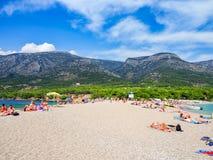 Zlatnirat, het famusstrand op Brac-eiland, Kroatië Stock Foto's