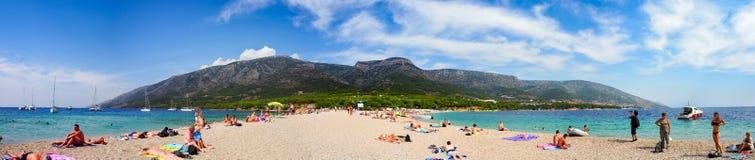 Zlatnirat, het famusstrand op Brac-eiland, Kroatië stock fotografie