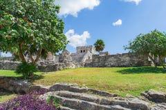 zlokalizować majów półwysep Meksyk niszczy Tulum Yucatan stare miasto Tulum Archeologiczny miejsce Riviera majowie Meksyk Zdjęcie Stock