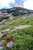 Zlomiskova veza i Vysoke Tatry Mts Royaltyfria Bilder