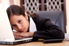 Zmęczona biznesowa kobieta zdjęcie royalty free
