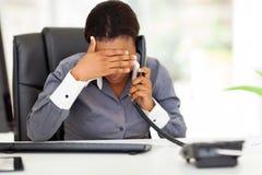 Zmęczony afrykański bizneswoman Zdjęcie Royalty Free