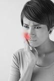 Zmartwienie kobieta z toothache, oralny problem obrazy stock
