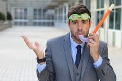 Zmartwiony biznesmen z akwalungu nurkowym wyposażeniem zdjęcia royalty free