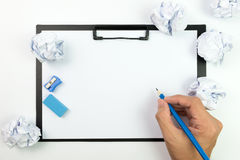 Zmięci papiery i pusty papier Obrazy Stock