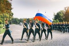 Zmiana strażnik w Moskwa Kremlin zdjęcia stock
