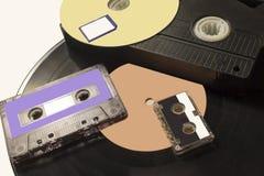 Zmiana technologia od gramofonowego dyska zdjęcie stock