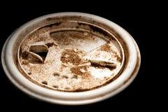 Zmielony czarny pieprz na kanisteru wierzchołku Fotografia Stock