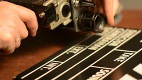 Zmieniamy obiektyw na retro ekranowej kamerze zdjęcie wideo