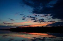Zmierzchów odbicia na Linwood jeziorze Obrazy Stock