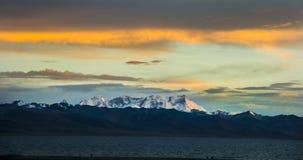 zmierzch śnieżna góra Zdjęcia Royalty Free