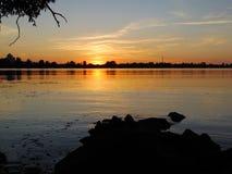 Zmierzch i rzeka Fotografia Royalty Free