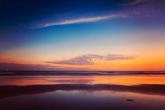 Zmierzch na Baga plaży. Goa Fotografia Stock