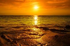Zmierzch na plaży Obrazy Royalty Free