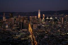Zmierzch na San Fransisco śródmieściu zdjęcia royalty free