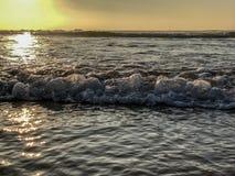 Zmierzch nad Atlantyckim oceanem od piasek plaży w Agadir, Maroko, Afryka obraz stock