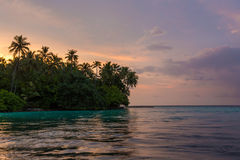 Zmierzch nad Biaadhoo wyspą Zdjęcie Royalty Free