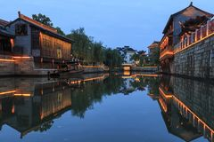 Zmierzch nad Daohe Starym miasteczkiem w Taizhou, jeden Jiangsu miasta zdjęcie stock