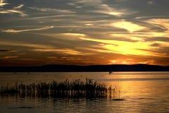 Zmierzch nad Jeziornym Balaton, Węgry Obrazy Royalty Free