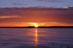 Zmierzch nad lodem na Stadsfjärden w Luleå Obrazy Royalty Free