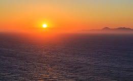 Zmierzch nad morzem w Rhodes i górami obraz royalty free