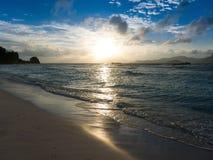 Zmierzch nad morzem w Seychelles Obrazy Stock