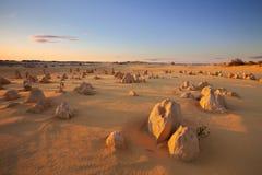 Zmierzch nad pinakiel pustynią, zachodnia australia Fotografia Royalty Free
