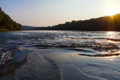 Zmierzch nad rzeką Obraz Stock