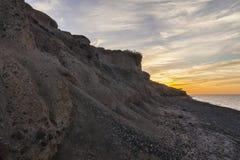 Zmierzch nad sławną czerni plażą w Santorini Obraz Royalty Free