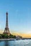 Zmierzch nad wieżą eifla Zdjęcie Royalty Free