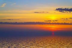 Zmierzch nad zimnem ocean.2 fotografia stock