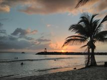 Zmierzch Playa Rompeolas Aquadillia Puerto Rico zdjęcia stock