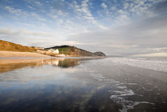 Zmierzch przy Charmouth na Dorset Jurajskim wybrzeżu Obraz Stock