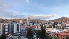 Zmierzch przy losem angeles Paz z Andes górami na tle w Boliwia Obraz Stock