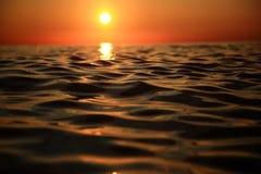 Zmierzch przy morzem Zdjęcia Royalty Free