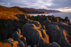 Zmierzch przy Naleśnikowymi skałami Obrazy Royalty Free