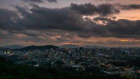Zmierzch przy Namsan wierza w Seul, korea po?udniowa zbiory wideo