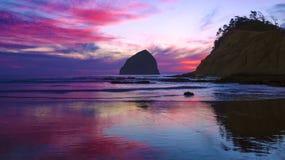 Zmierzch przy Oregon wybrzeżem zdjęcie stock